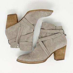 Sam Edelman Tan Suede Ankle Boots Size 9.5